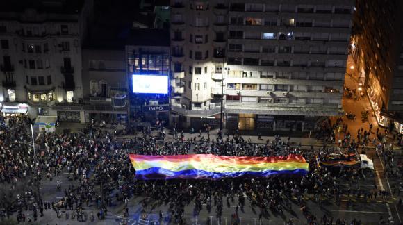 18 de Julio se llenó de color y música. Foto: Intendencia de Montevideo