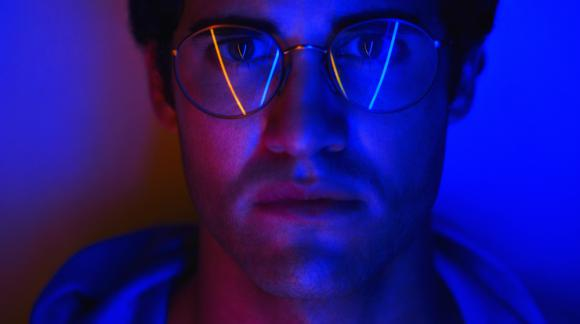 Darren Chriss es Andrew Cunanan en American Crime Story: Versace