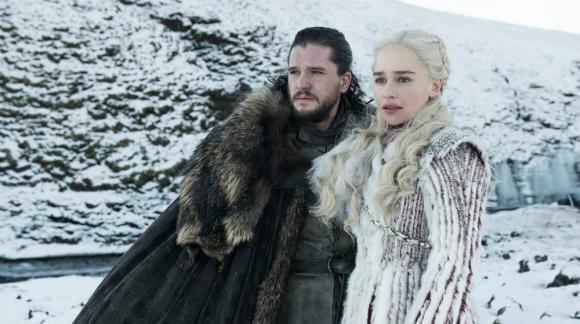 Kit Harington como Jon Snow y Emilia Clarke como Daenerys Targaryen. Foto: HBO