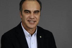 Martín Lasarte en el VAR