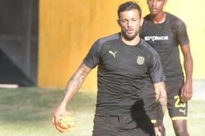 Robert Herrera en el entrenamiento en Los Aromos. Foto: Marcelo Bonjour.