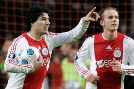 Luis Suárez, festejando en Ajax. Foto: Archivo El País.