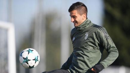 Rodrigo Bentancur en el entrenamiento de la Juventus. Foto: AFP