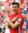 Robert Lewandowski celebra uno de sus tres tantos para Bayern Munich. Foto: EFE