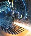 Trabajador en una metalúrgica. Foto: Reuters