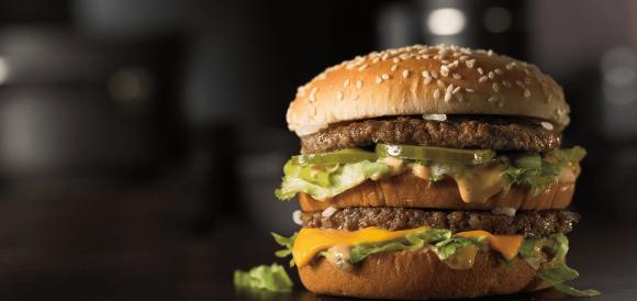 Un clásico. La empresa reformula la tradicional hamburguesa para seducir a los más jóvenes. (Foto. Mcdonal's)