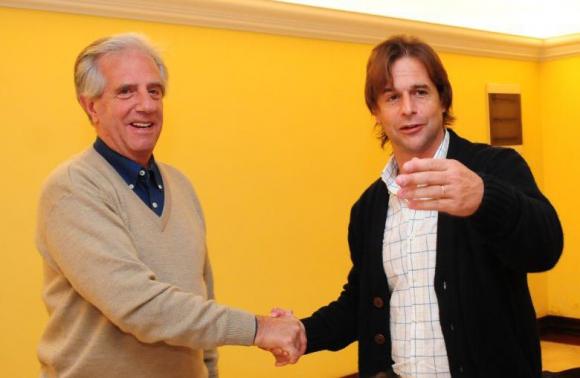 Vázquez y Lacalle Pou en octubre del 2014: se cruzaron en la campaña electoral. Foto: M. Bonjour.