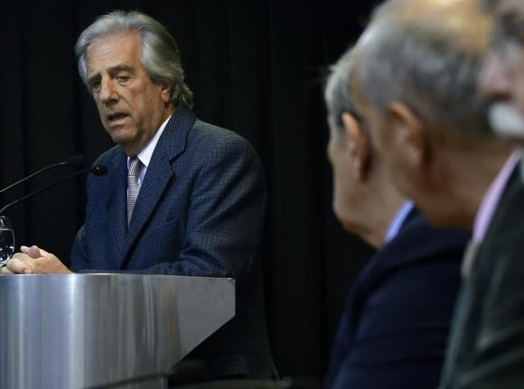 Tabaré Vázquez en conferencia de prensa.
