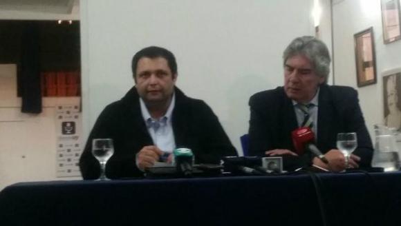 Conferencia de prensa de Wilson Ezquerra. Foto: Mateo Vázquez.