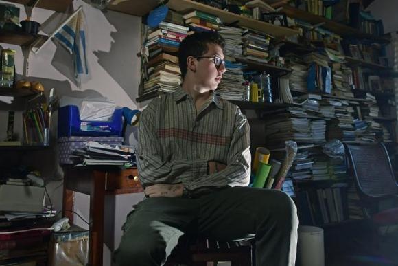 Andrés tiene 17 años y cuando tenía apenas un año podría contar hasta 48. Foto: F. Ponzetto