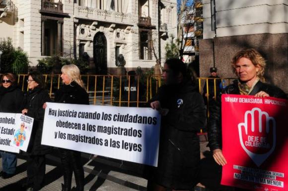 Manifestación contra la explotación sexual infantil en 2014. Foto: Marcelo Bonjour.
