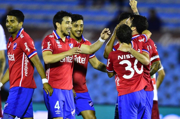 El festejo del gol de Nacional. Foto: Gerardo Pérez
