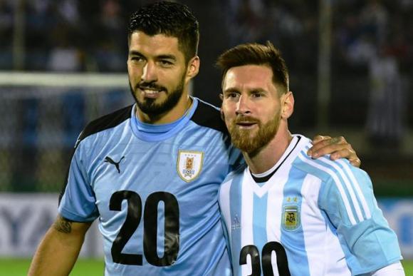 Suárez, Messi y la promoción de la candidatura mundialista para 2030. Foto: Marcelo Bonjour