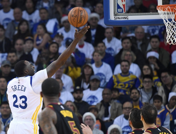 Golden State Warriors ante Cleveland Cavaliers. Foto: AFP.