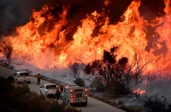 El estado de California y sus habitantes han tenido enormes pérdidas en vidas y también material por los incendios. Foto: Reuters