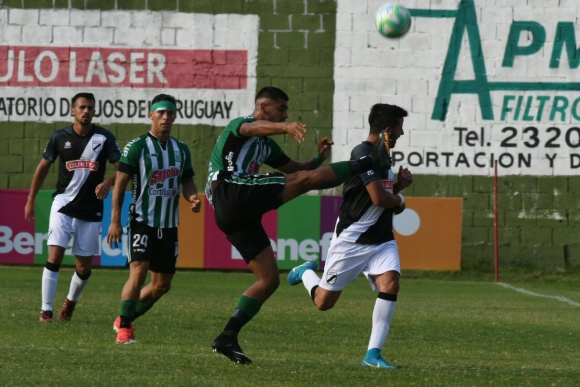 Racing vs. Danubio. Foto: Francisco Flores