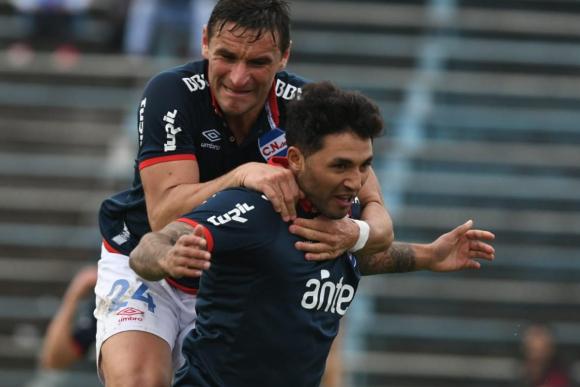 El festejo. Tabaré Viudez anotó un golazo para darle la victoria a los  tricolores y 1fb10496408ca