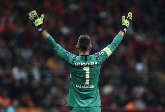 Fernando Muslera en el Real Madrid vs. Galatasaray