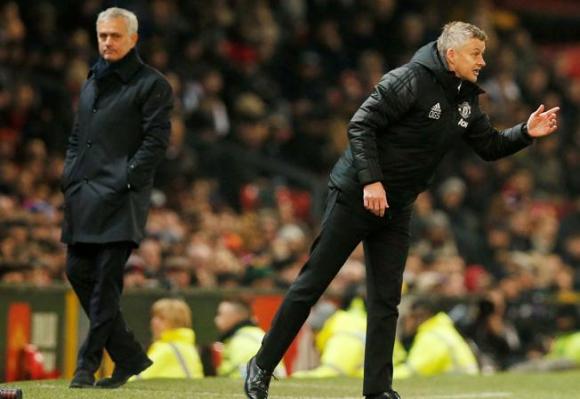 José Mourinho y Ole Gunnar Solskjær. Foto: Reuters.