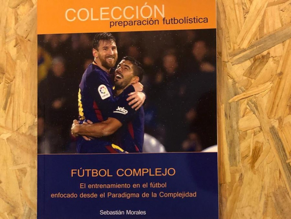 Fútbol Complejo: el entrenamiento en el fútbol enfocado desde el Paradigma de la Complejidad que utiliza Barcelona