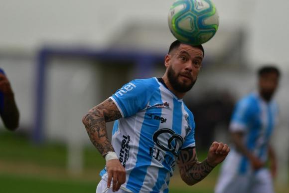José Luis Tancredi, futbolista de Cerro. Foto: Archivo El País.