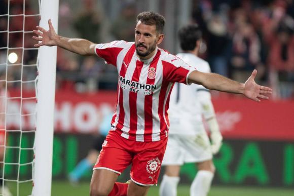 Cristhian Stuani celebra uno de sus goles con Girona.
