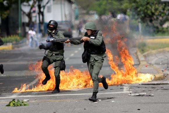 El número de muertos durante las manifestaciones aumentó a 104. Foto: Reuters