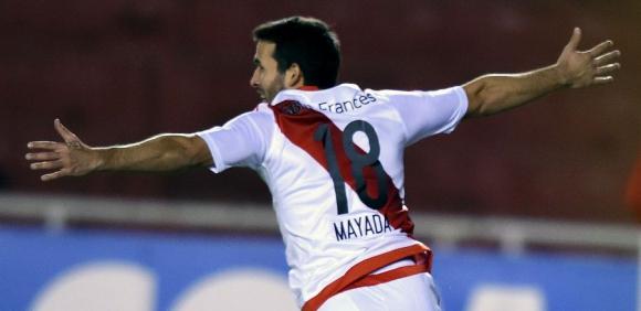 Camilo Mayada festeja su gol ante Melgar. Foto: AFP
