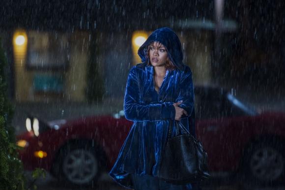 Rihanna encarna a Marion Crane, el papel que hiciera Janet Leigh.