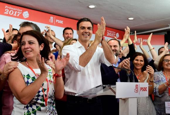 Liderazgo de Sánchez debe ser ratificado por un congreso del PSOE. Foto: AFP