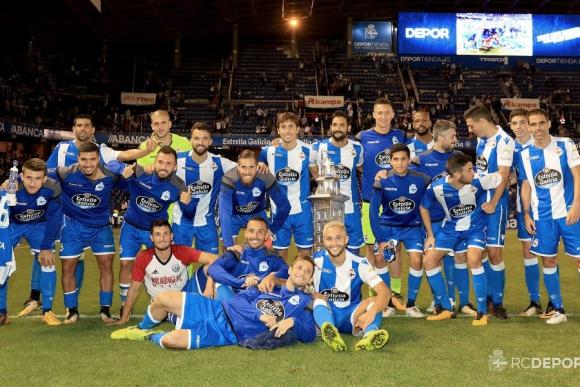 Federico Valverde levantó su primera copa en Deportivo La Coruña. Foto: RC Deportivo