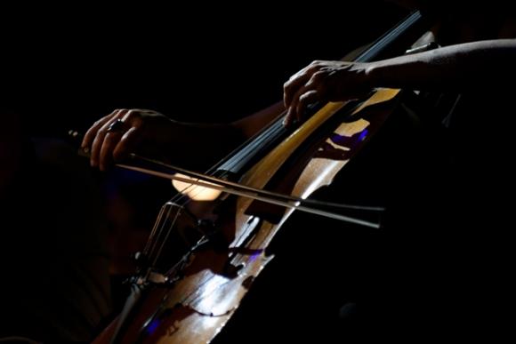 La Orquesta Filarmónica de Montevideo inauguró la temporada en la Rambla de Pocitos. Foto: Fernando Ponzetto