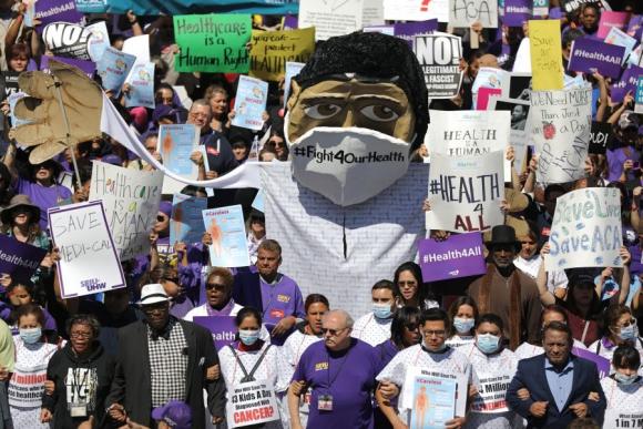 En varias ciudades de EEUU hubo protestas contra el Obamacare. Foto: AFP