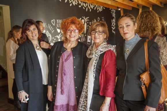 María José Martínez, Miriam Kirichenko, Maribel Oliva, Ana Laura Martínez.
