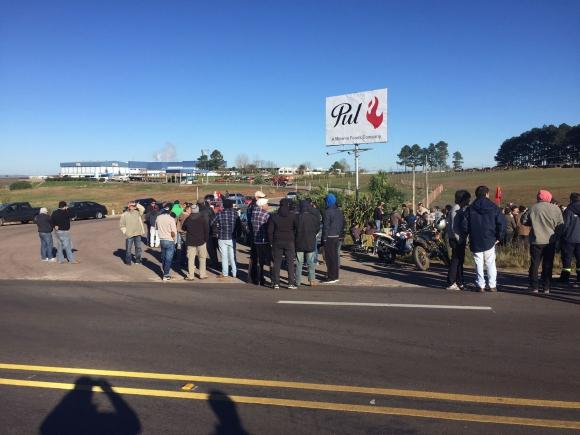 140 trabajadores de PUL fueron enviados al seguro de paro. Foto: Néstor Araújo