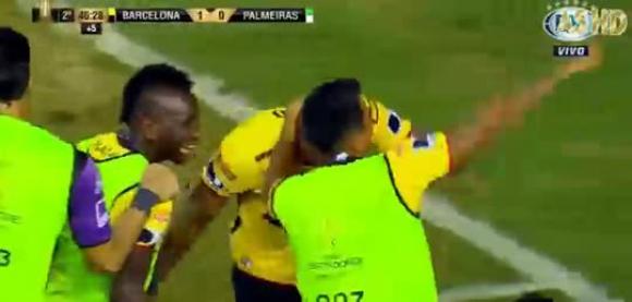 Gol de Jonatan Álvez