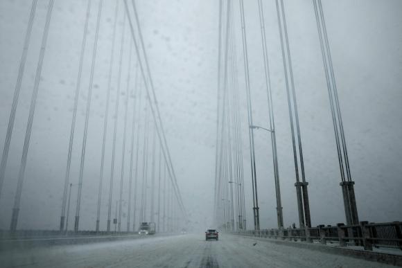 Se espera que a lo largo del día caigan entre 25 y 45 centímetros de nieve. Foto: Reuters
