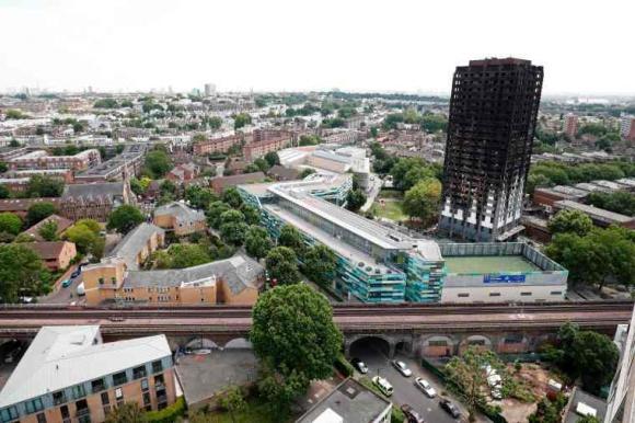 Así se ve la torre Grenfell tras el incendio. Foto: AFP.