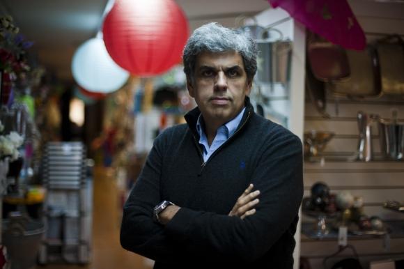 Evaristo González, director de El Clon. Foto: Fernando Ponzetto