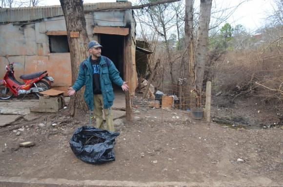 Vandalismo: robos y casas incendiadas por delincuentes. Foto: Carlos Tapia