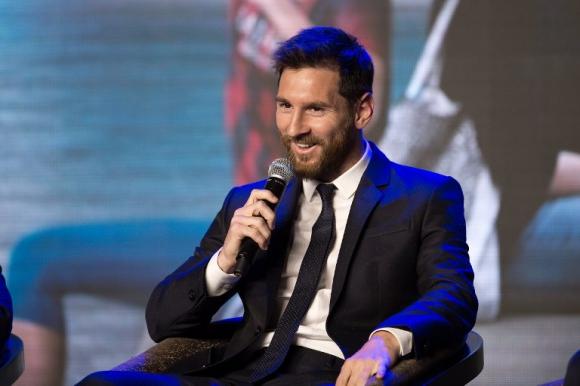 Lionel Messi en la presentación de su parque temático en China. Foto: AFP