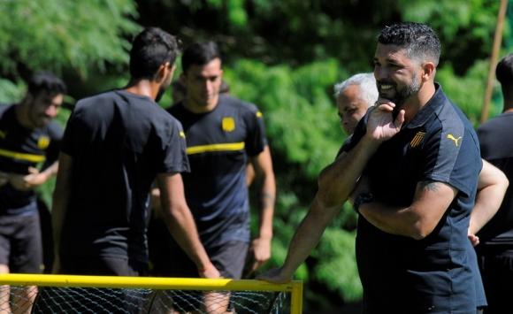 Leonardo Ramos en el entrenamiento de Peñarol en Los Aromos. Foto: Ariel Colmegna