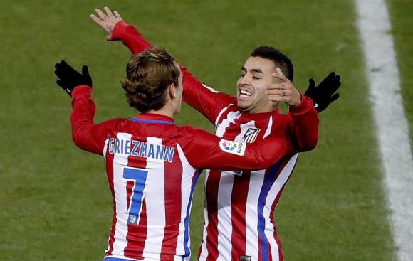 Antoine Griezmann y Ángel Correa, autores de los goles. Foto: EFE