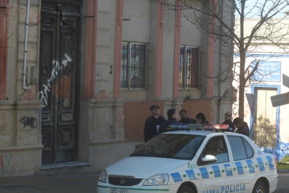 La sede de Rampla Juniors fue baleada. Foto: Francisco Flores.