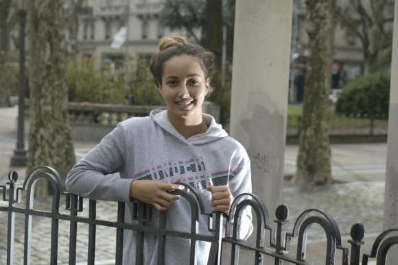 Micaela Sierra tiene entrena en Estados Unidos para ganar el próximo Sudamericano de Natación. Foto: Fernando Ponzetto.