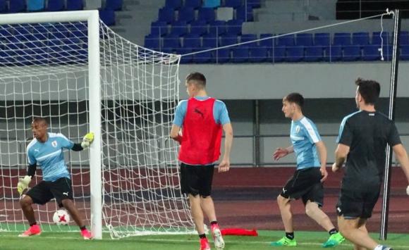 La selección de Uruguay tuvo su último entrenamiento previo al partido ante Portugal por el Mundial sub 20. Foto: @Uruguay