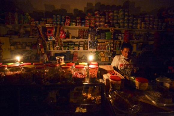 34.000 personas continúan sin luz en Mocoa. Foto: Reuters.