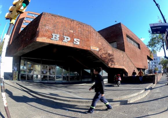 Gerentes del BPS tuvieron que ir a declarar por megaestafa al Fonasa. Foto: Archivo El País