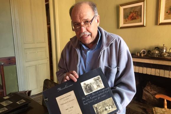 Escribano Julio César Gómez, del centro de estudios históricos de Cerro Chato. Foto: Néstor Araújo.