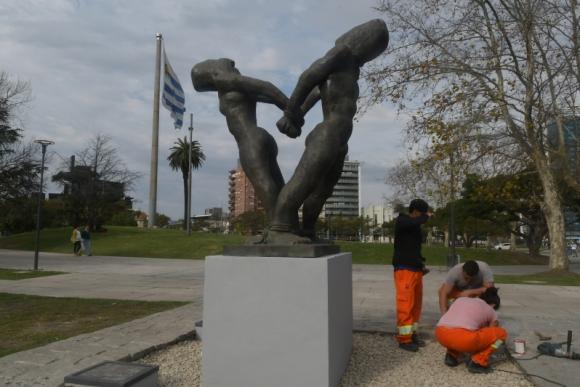 Inauguraron el monumento al